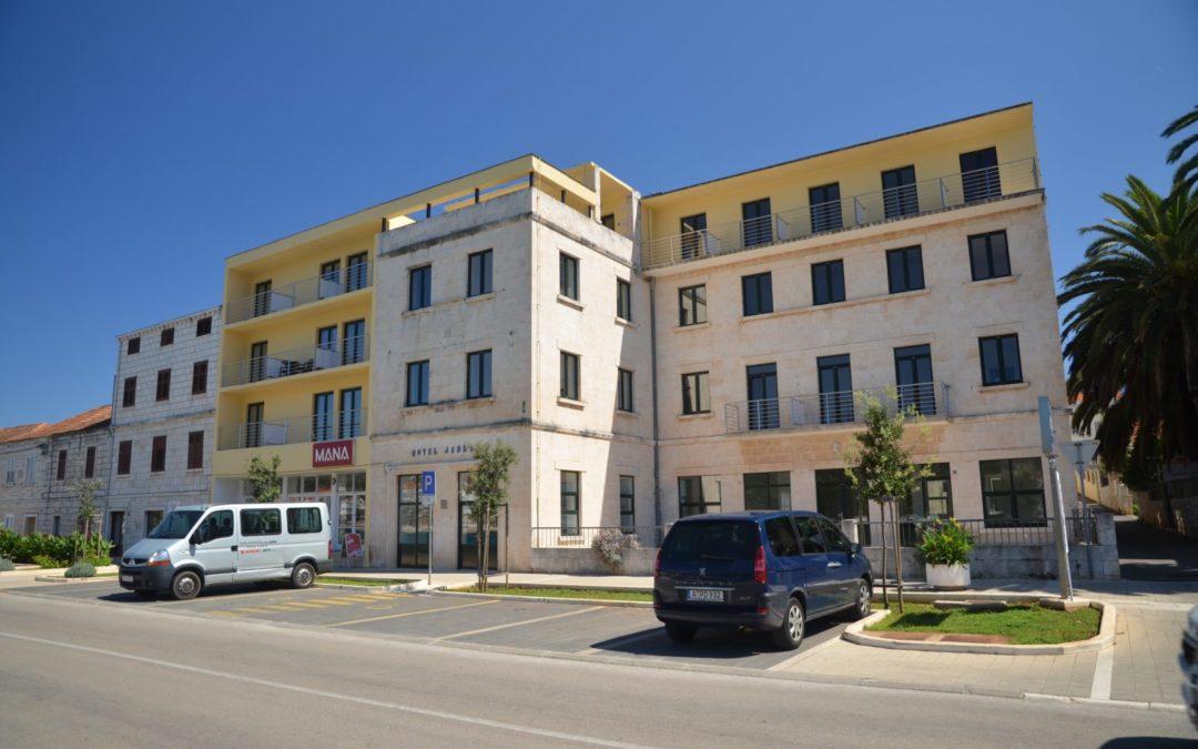Vela Luka – hotel Jadran**